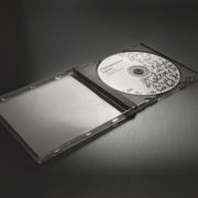02-CD-Mockup-by-PuneDesign